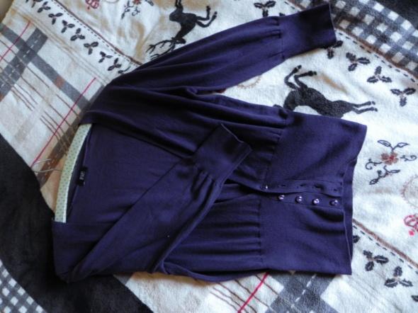 fioletowy sweterek