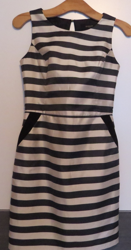a08fa2fab8 elegancka sukienka w paski czarna ecru reserved w Suknie i sukienki ...