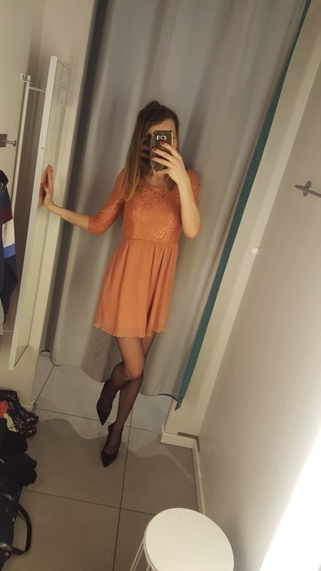 Korinkowa plisowana sukienka forever 21 s...