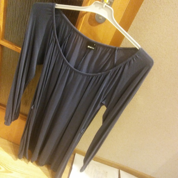 granatowa sukienka rozmiar S gina tricot...