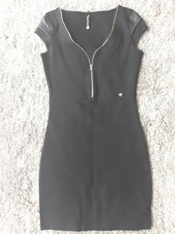 Sukienka XS Cropp