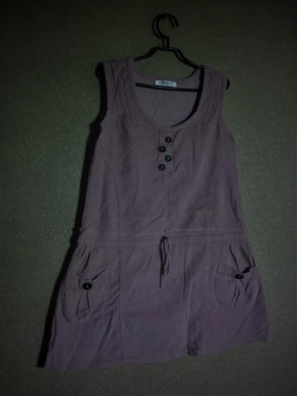 Jasno różowa trapezowa sukienka 122 128 cm Georg