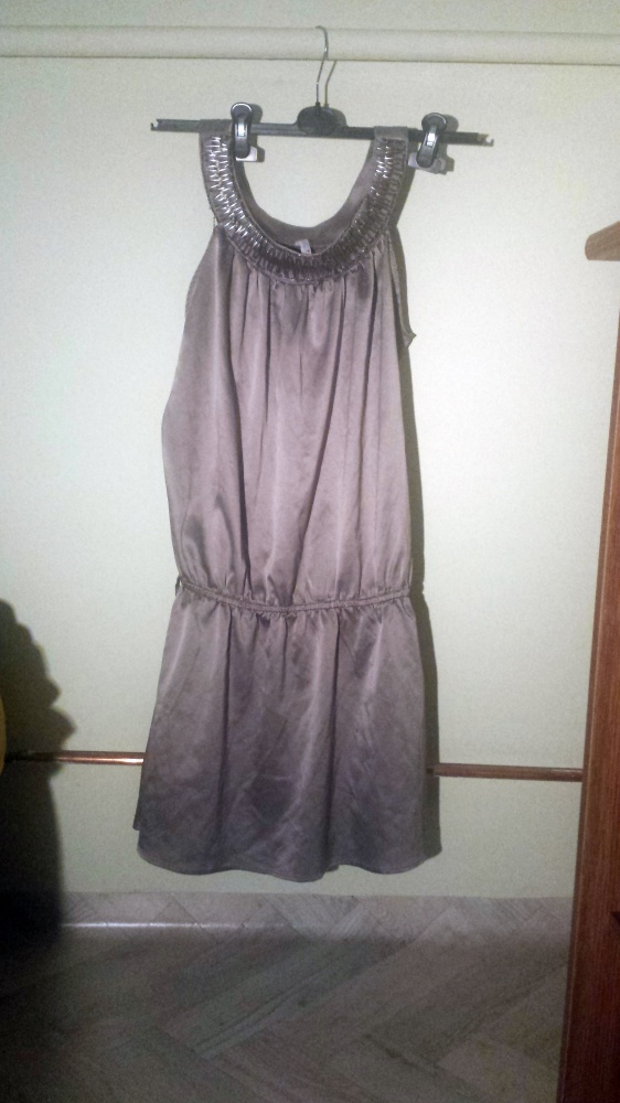 Szaro srebrna sukienka