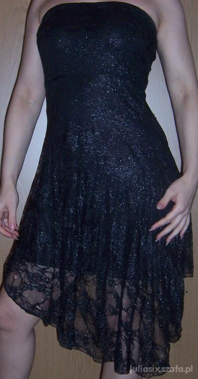 sukienk czarna z koronki