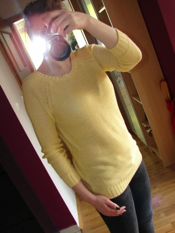 Żółty sewtwr H&M