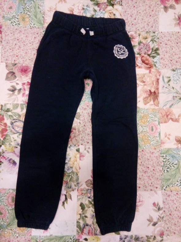Spodnie dresowe 158 cm...