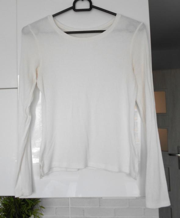Bershka kremowy biały prążkowany top długi rękaw minimalizm...
