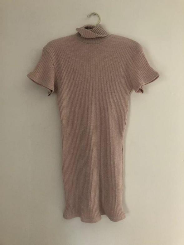 bluzka bluzeczka tunika golf długi różowy mieniąca się nitka