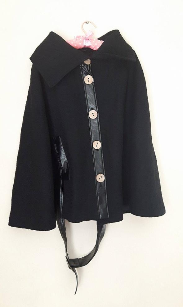 Płaszcz bez rękawów peleryna 40 42