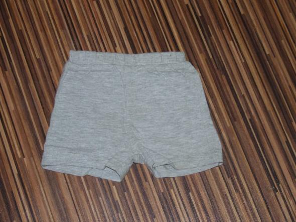 Spodnie i spodenki spodenki F&F rozmiar 62