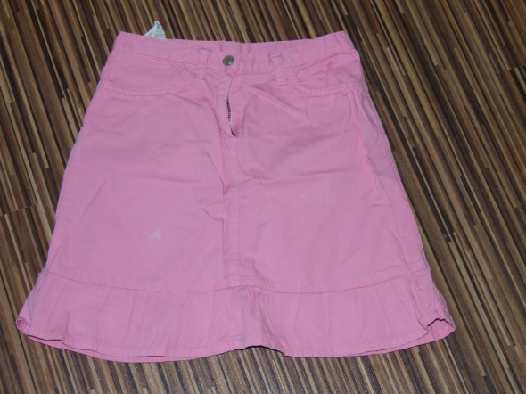Sukienki i spódniczki rozowa spodniczka Benetton rozmiar 128