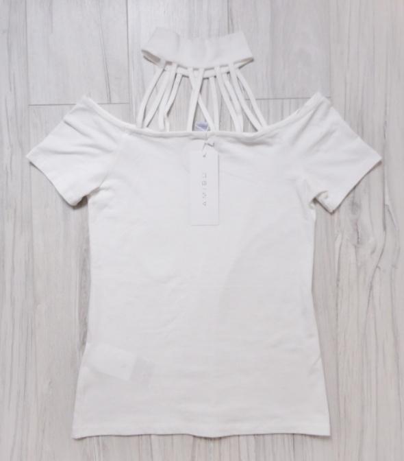 Nowa biała ecru bluzka na krótki rękaw paski choker szyja New Y...