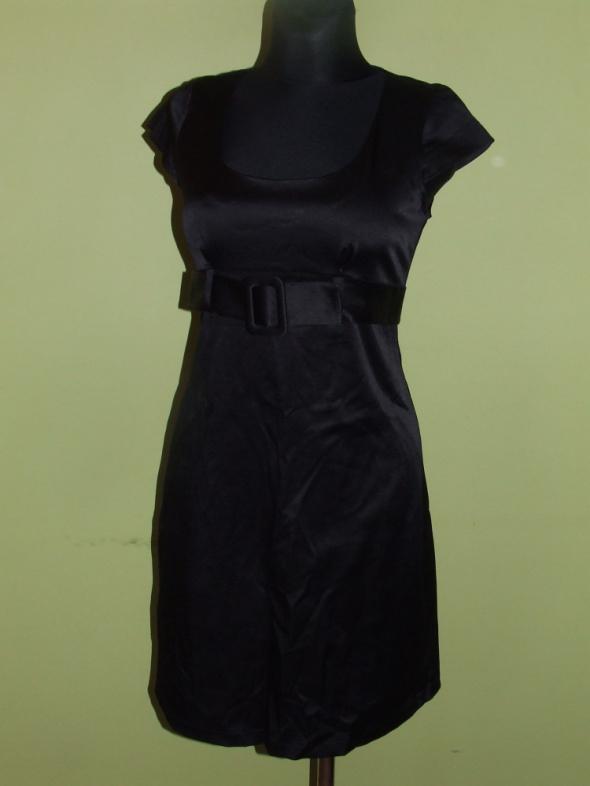 czarna sukienka Blue rozmiar 38