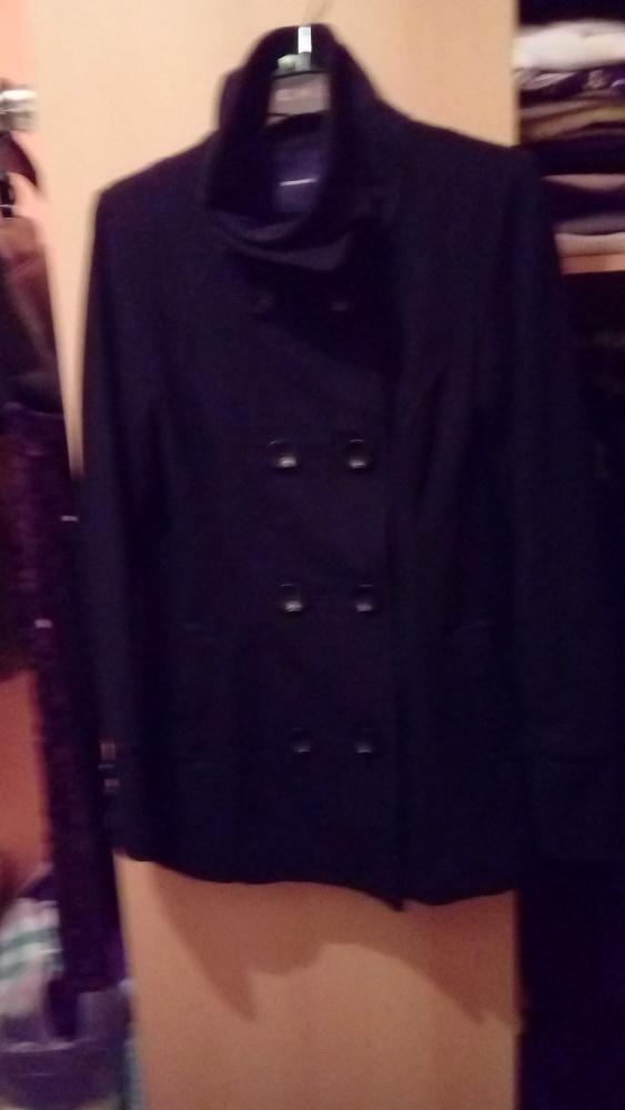 Krótki płaszczyk zimowy vero moda 36...