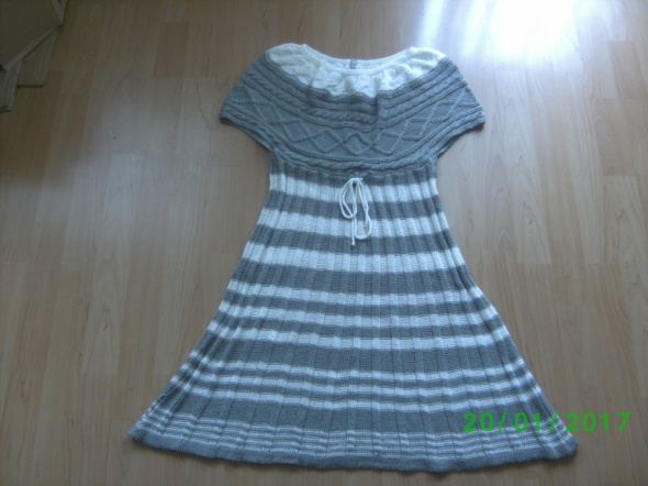 Sukienka z dzianiny rozmiar 38...
