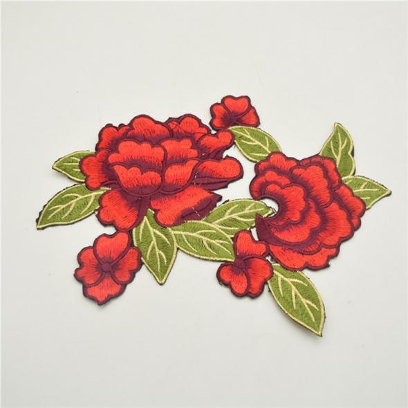 duża aplikacja naszywka termo róże