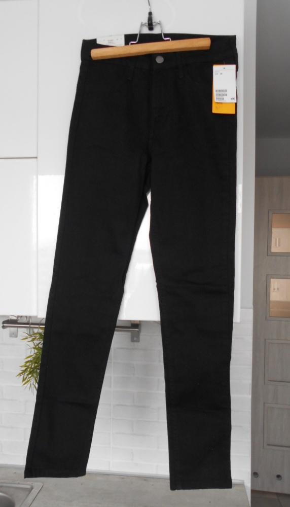 HM nowe czarne klasyczne jeansy rurki skinny slim...