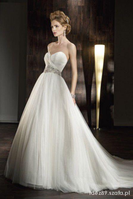 Suknia ślubna Lisa Ferrera Demetrios Model 532
