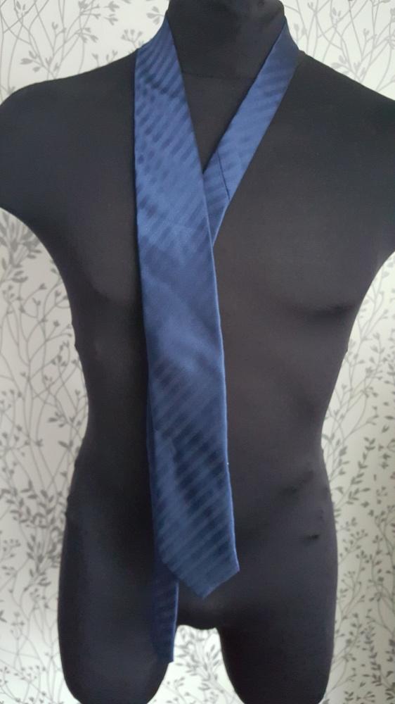 Granatowy krawat Next