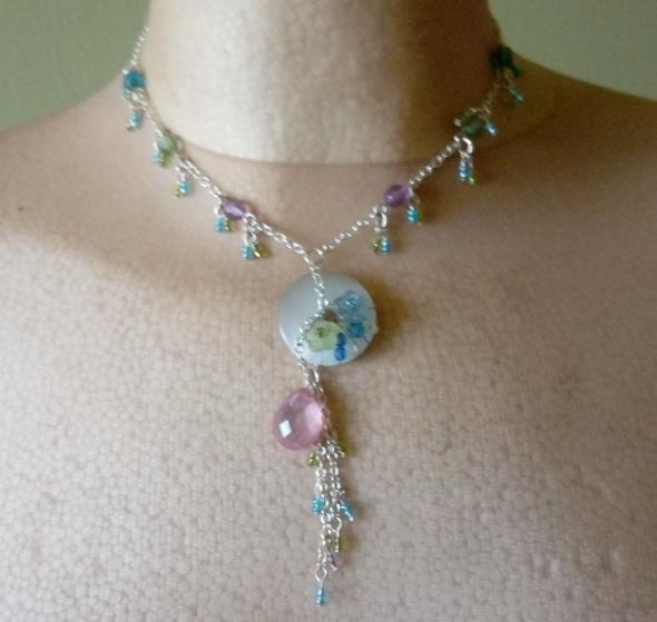 łańcuszek korale koraliki niebieskie zielone różowe