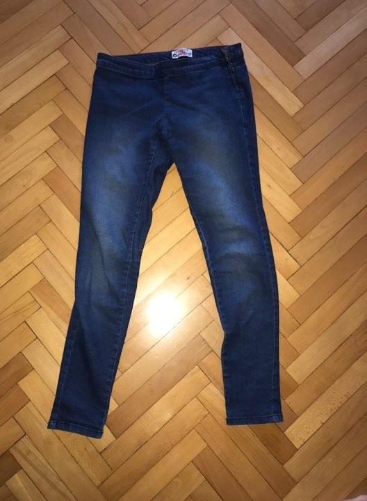 Jeansy rozmiar M Terranova elastyczne...