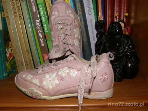 WALKY adidaski KWIATY roz 29