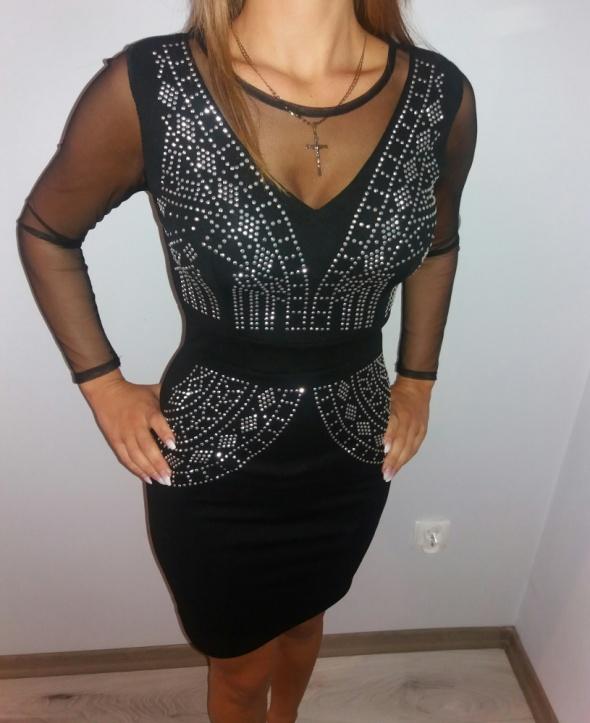 Sukienka mała czarna siateczka