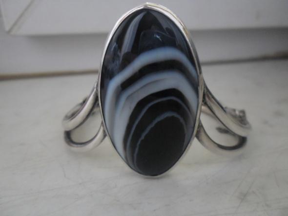 Srebrna artystyczna bransoletka z onyksem pasiastym cz kompl