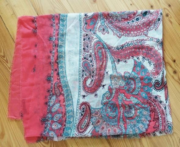Chusta szal apaszka Bershka kolorowa wzór paisley