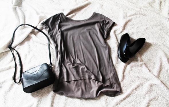 Bawełniana bluzka asymetryczna z dłuższym tyłem