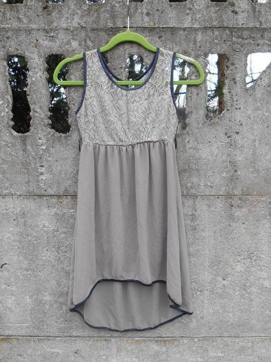 śliczna włoska Sukienka 146 asymetryczna z koronką zwiewna