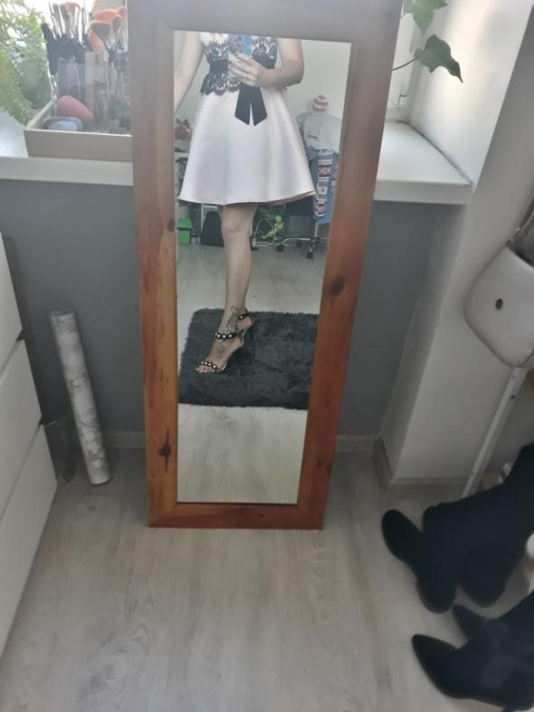 Satynowa sukienka new yorker...