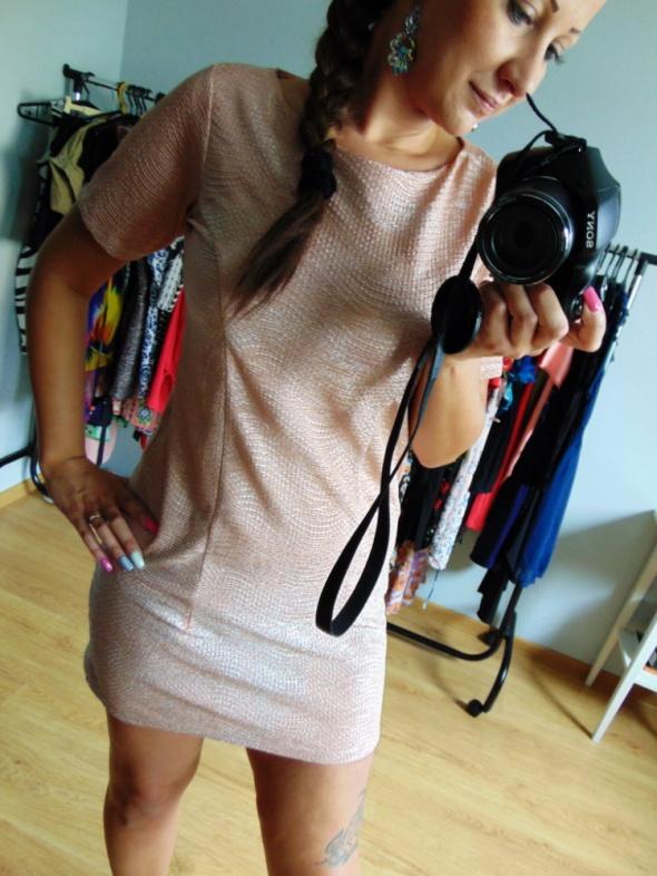 Różowa elegancka damska sukienka 38 M