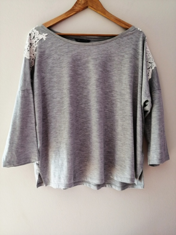 Luźna szara bluzka gipiura Marks& Spencer 54