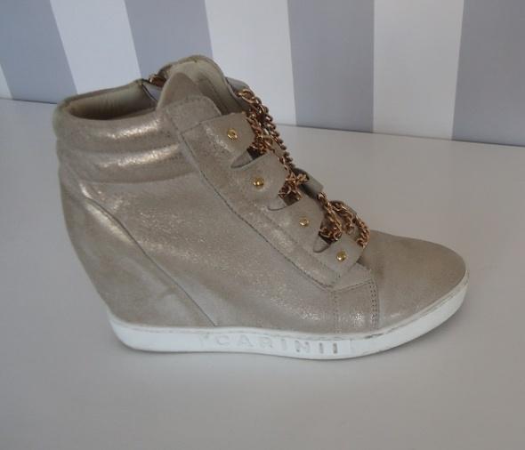 buty sneakersy Carinii skóra 38