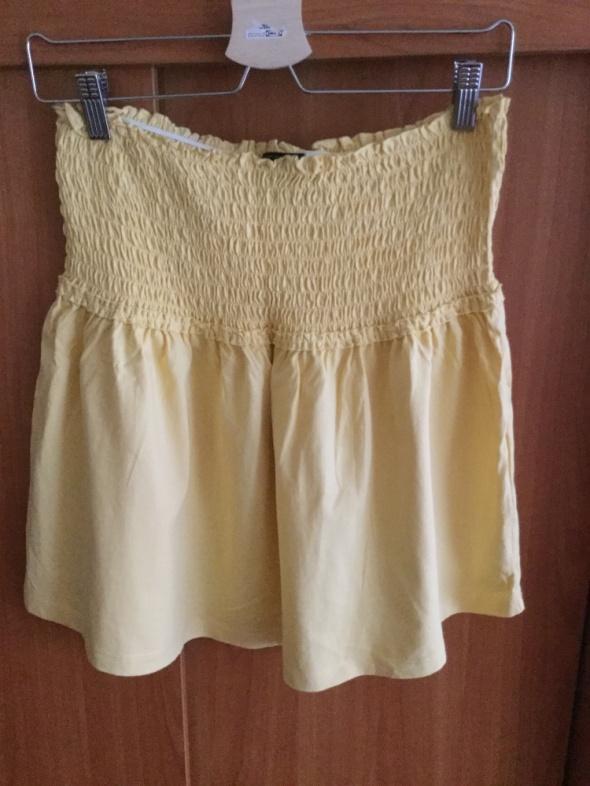 żółta bluzeczka albo spódnica