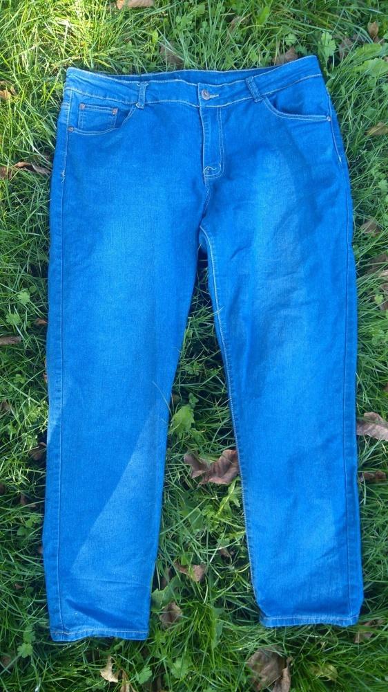 Spodnie jeans 48 50