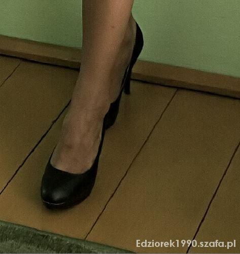 Czarne szpilki 38