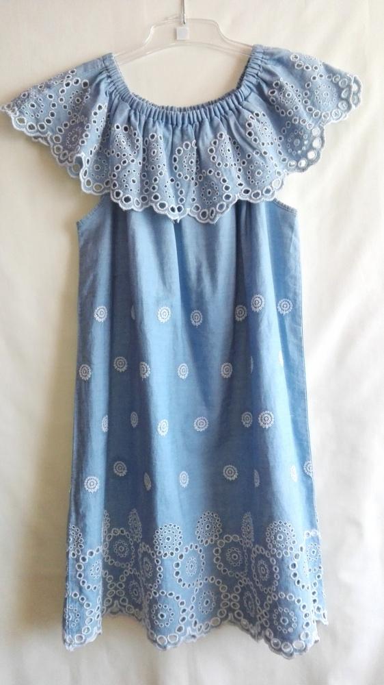 b4cbe92de6 Suknie i sukienki Sukienka z haftem Zara jeansowa zwiewna rozmiar XS