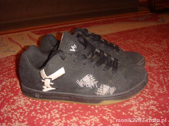 Sportowe Buty sportowe Deichmann rozmiar 40