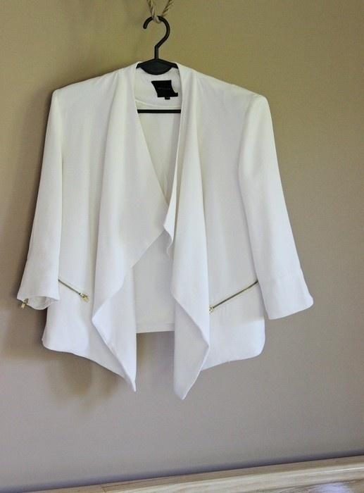 Biały piękny żakiet