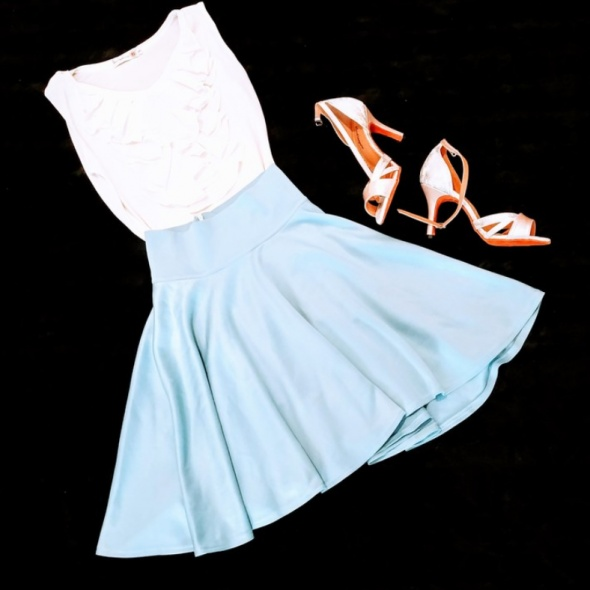 Błękitna rozkloszowana spódnica 34 Princess