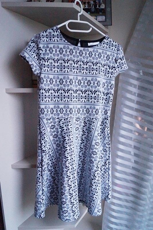 Aztecka sukienka Pepco...
