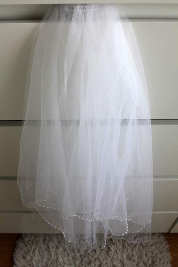 przepiękny biały welon dwuwarstwowy