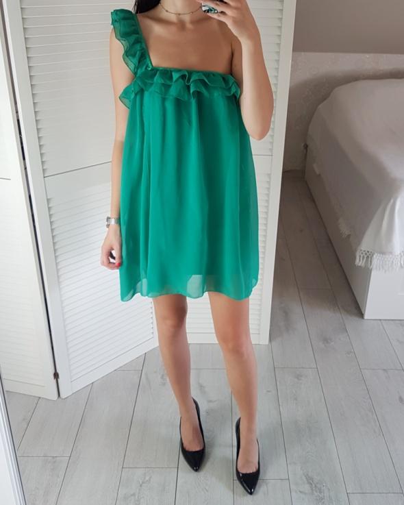 Bik bok S zielona prosta sukienka luźna zwiewna jedno ramię z f...