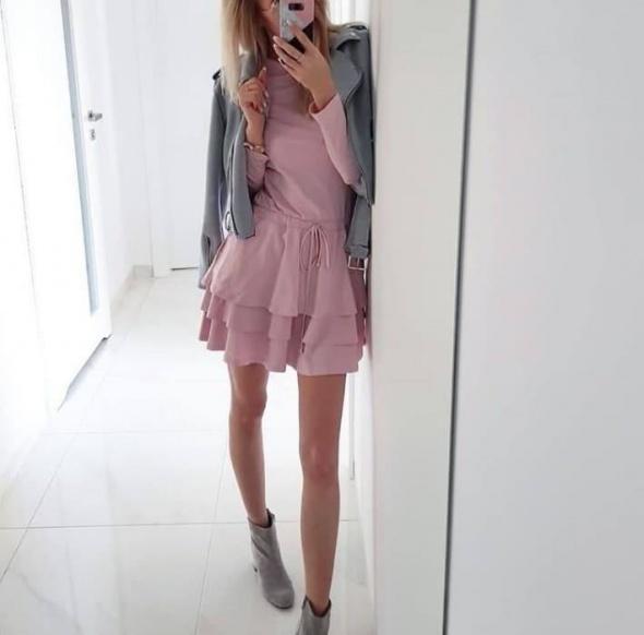 Sukienka blogerska sugarfree darcy rozmiar xs kolor różowy jak zara