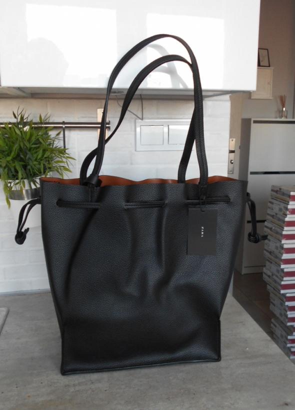 27c333f07862e Zara nowa torba czarna shopper worek w Torebki na co dzień - Szafa.pl