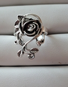 Pierścionek srebro kwiat róża...