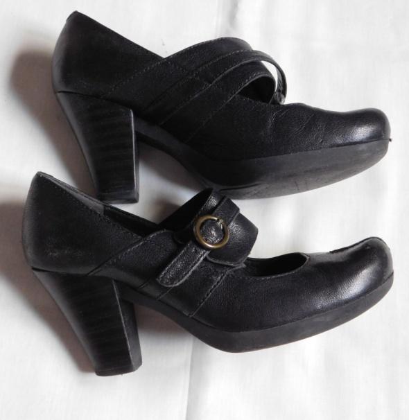Clarks czarne buty skóra 37...