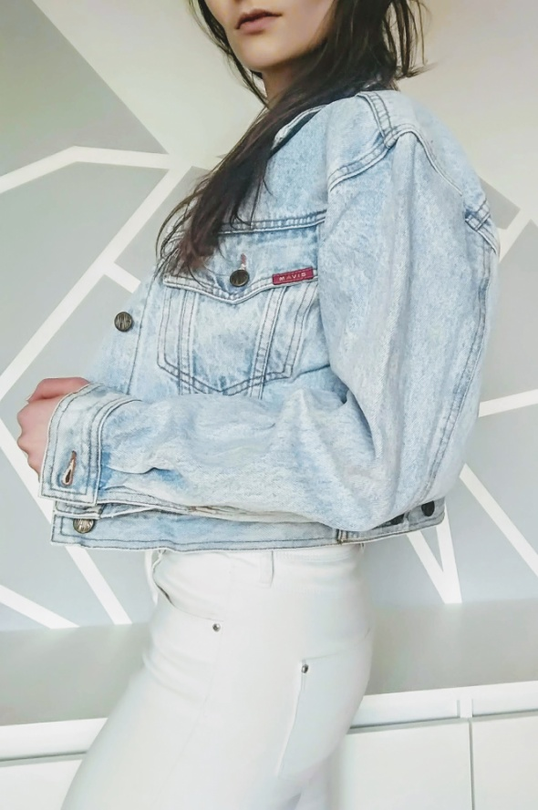 Katana jeansowa krotka haft na plecach oversize